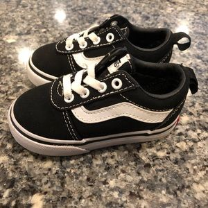 Toddler black Vans